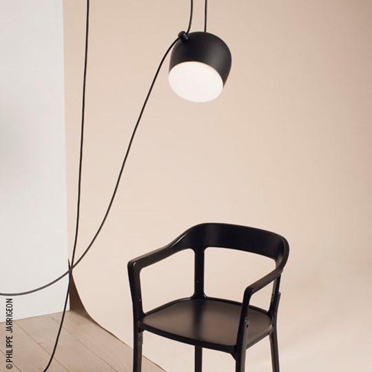 Aim Sospensione LED mit Stecker - Raumbeispiel