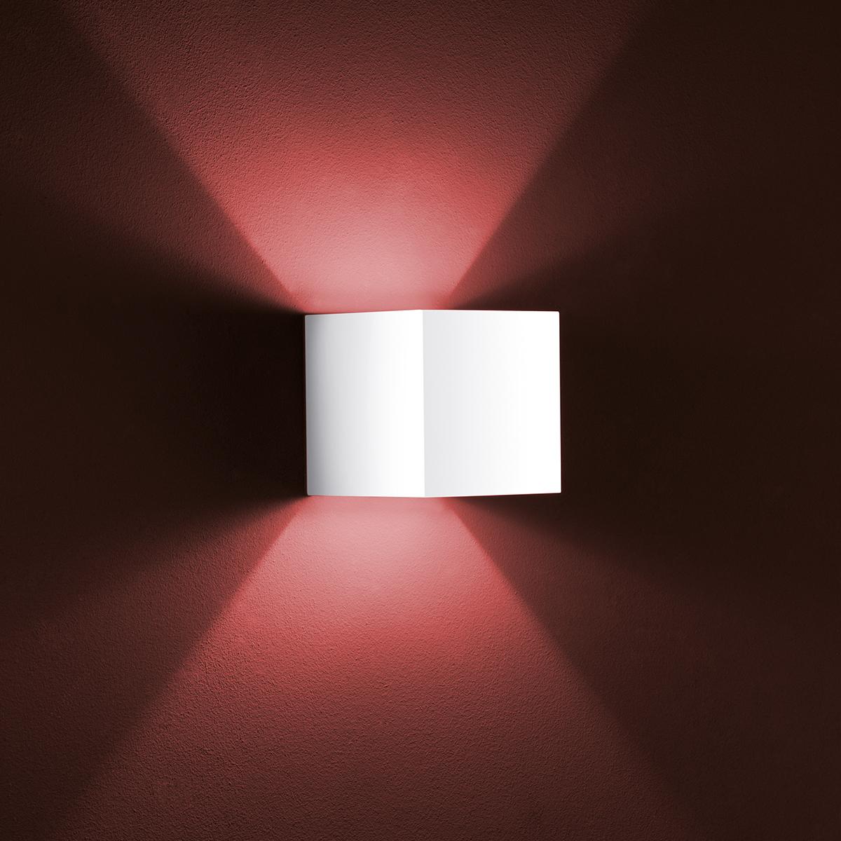 Siri Wandleuchte aluminium mattweiß