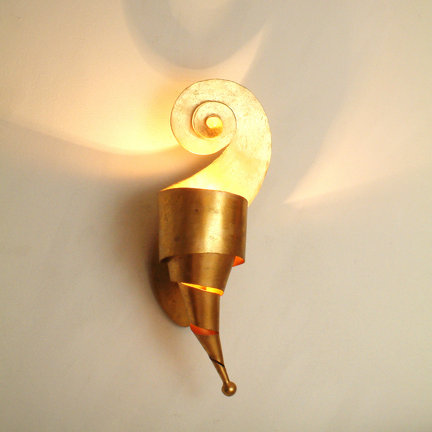 Innovazione Rechts Gold Wandleuchte