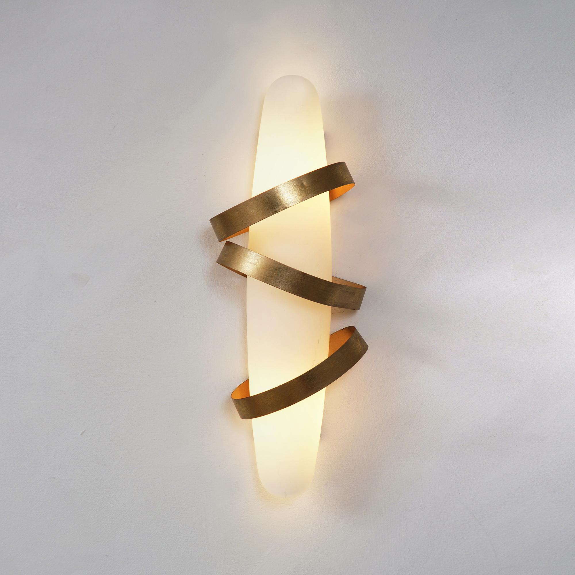 Legato Wall Light