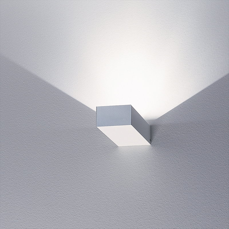 Midi Brigg 'LED' Wall Light
