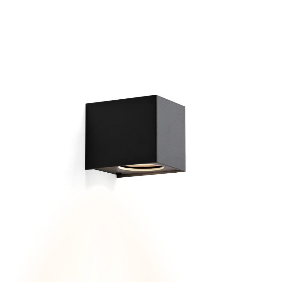 Wever & Ducré Tube Carré 1.0 LED Outdoor Wandleuchte, schwarz strukturiert.